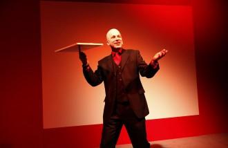 the juggler - 1 | dirk hasskarl/fotografie